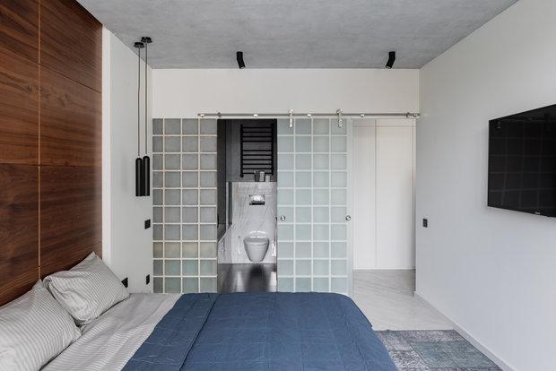 Фотография: Спальня в стиле Минимализм, Хай-тек, Квартира, Проект недели, Серый, Санкт-Петербург, Монолитный дом, 2 комнаты, 40-60 метров, Анастасия Сафьяненко, KIDZ Design – фото на INMYROOM