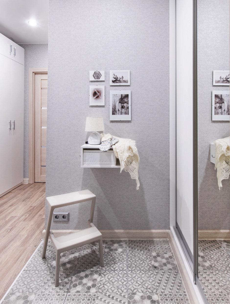 Фотография: Прихожая в стиле Современный, Квартира, Проект недели, Москва, П-44, Панельный дом, 1 комната, до 40 метров, Жанна Студенцова – фото на InMyRoom.ru