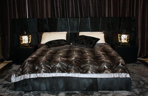 Фотография: Спальня в стиле Современный, Artemide, Flos, PROVASI, Индустрия, События, Маркет, Мягкая мебель, Missoni, Пэчворк, Porada, LLADRO – фото на InMyRoom.ru
