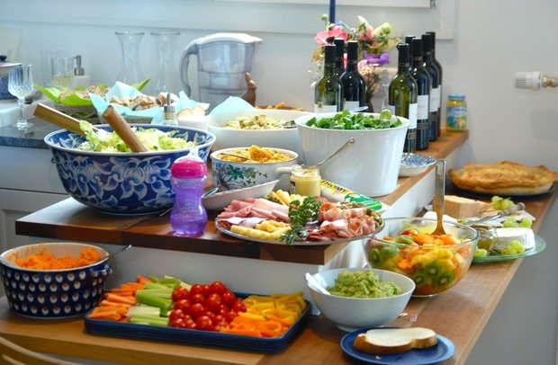 Фотография: Кухня и столовая в стиле Современный, Текстиль, Стиль жизни, Советы – фото на InMyRoom.ru
