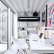 Фотография: Офис в стиле Современный, Кабинет, Интерьер комнат, Системы хранения – фото на InMyRoom.ru