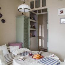 Фотография: Кухня и столовая в стиле Кантри, Классический, Эклектика, Квартира, Проект недели – фото на InMyRoom.ru