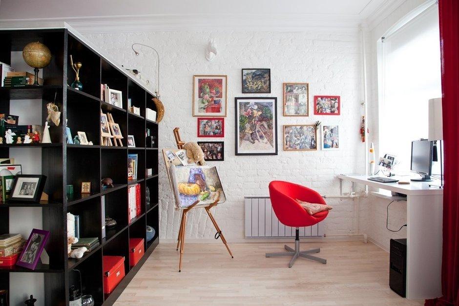 Фотография: Офис в стиле Лофт, Современный, Малогабаритная квартира, Квартира, Цвет в интерьере, Дома и квартиры, Стены – фото на InMyRoom.ru