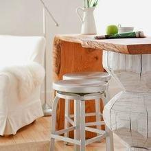 Фотография: Мебель и свет в стиле Скандинавский, Кухня и столовая, Интерьер комнат, Барная стойка – фото на InMyRoom.ru