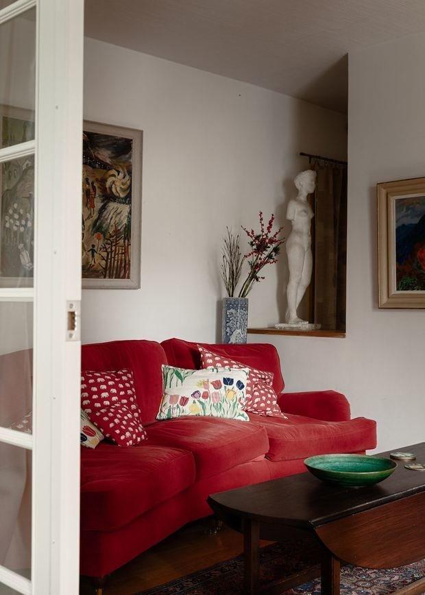 Фотография: Гостиная в стиле Прованс и Кантри, Скандинавский, Современный, Эклектика, Декор интерьера, Квартира, Белый, Красный, Зеленый, 2 комнаты, 40-60 метров – фото на INMYROOM