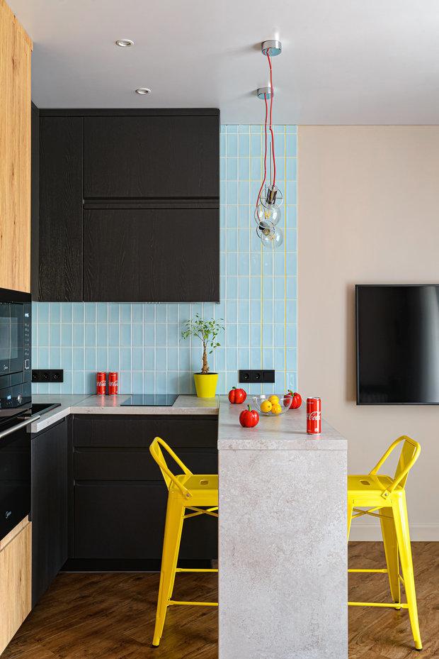 Фотография: Кухня и столовая в стиле Лофт, Советы, Кухонный фартук, Гид, керамическая плитка на кухне, как оформить кухонный фартук, фартук на кухне, оригинальный фартук, красивый кухонный фартук – фото на INMYROOM