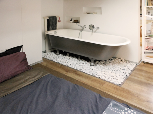 Фотография: Ванная в стиле Лофт, Малогабаритная квартира, Квартира, Дома и квартиры, Чердак, Мансарда – фото на InMyRoom.ru