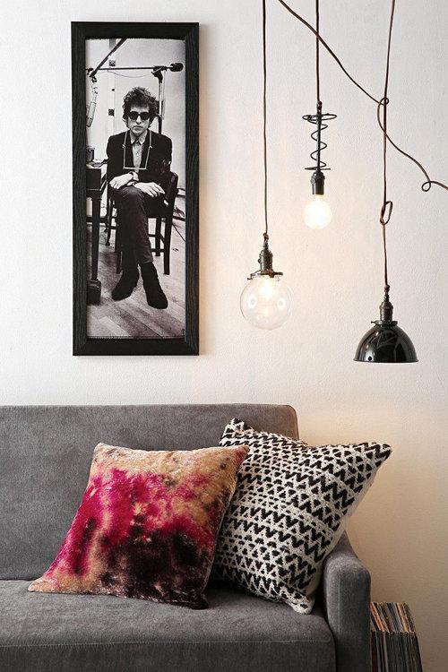 Фотография: Гостиная в стиле Лофт, Декор интерьера, Квартира, Декор, Советы, Виктория Киорсак, Как декорировать съемную квартиру, как обустроить съемную квартиру, как улучшить интерьер съемной квартиры, интерьер съемной квартиры, декор съемной квартиры – фото на InMyRoom.ru