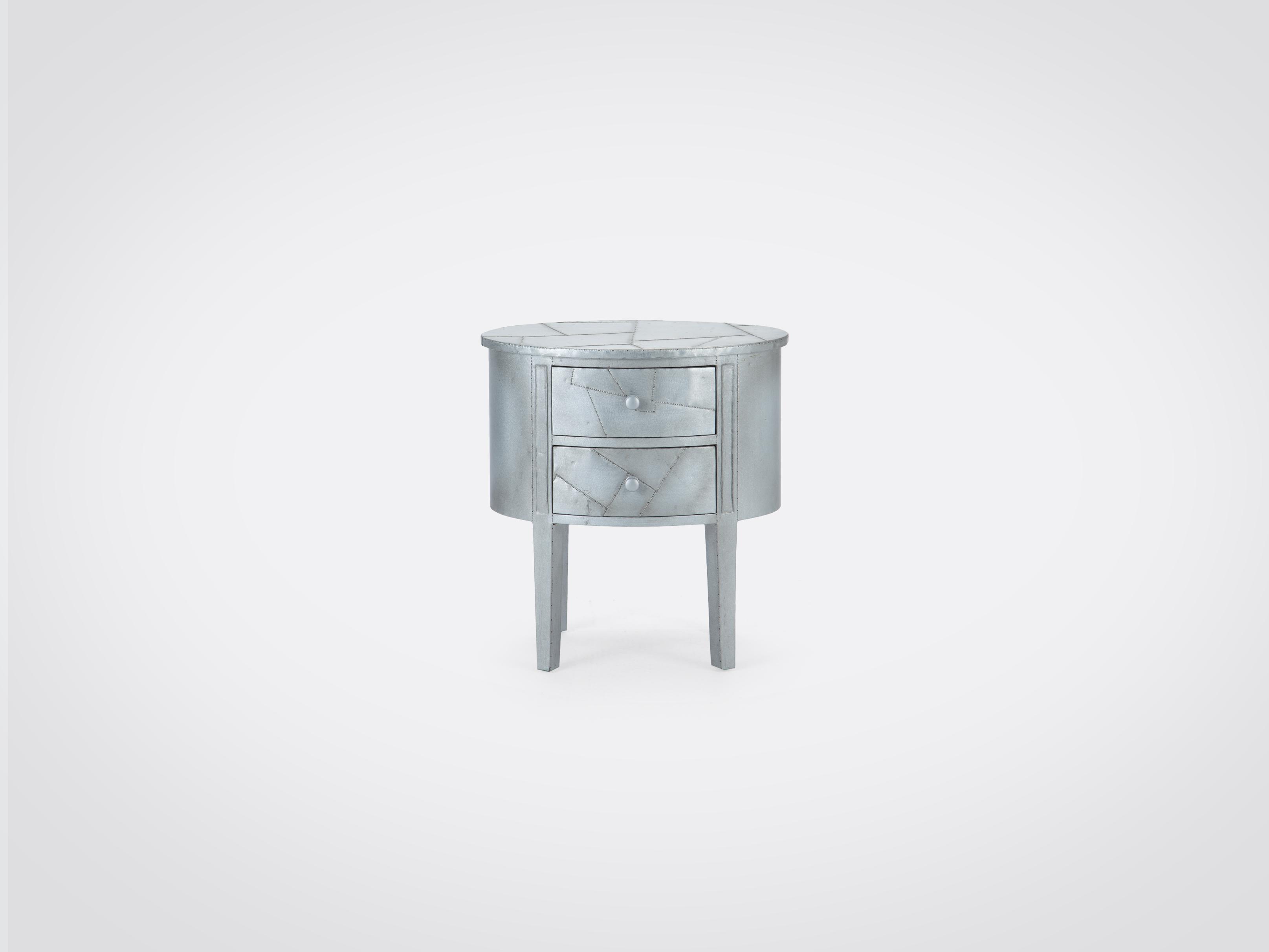 Купить Тумба овальной формы, декорирована покрытием из металла 70x67x47 см, inmyroom, Индонезия