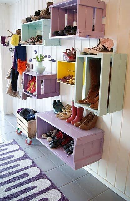 Фотография: Прихожая в стиле Прованс и Кантри, Скандинавский, Советы, хранение обуви, идеи хранения обуви – фото на InMyRoom.ru