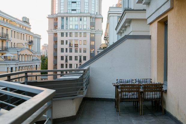 Фото из портфолио Лофт: петербургская версия  – фотографии дизайна интерьеров на INMYROOM