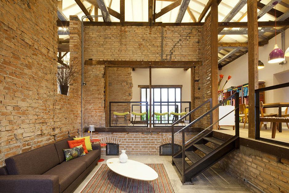 Фотография: Гостиная в стиле , Дома и квартиры, Городские места, Стена – фото на InMyRoom.ru