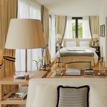 Фотография: Спальня в стиле Эклектика, Дома и квартиры, Городские места, Отель, Проект недели, Замок – фото на InMyRoom.ru