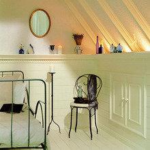 Фотография: Спальня в стиле Кантри, Декор интерьера, Декор дома, Стены, Подсветка, Потолок – фото на InMyRoom.ru