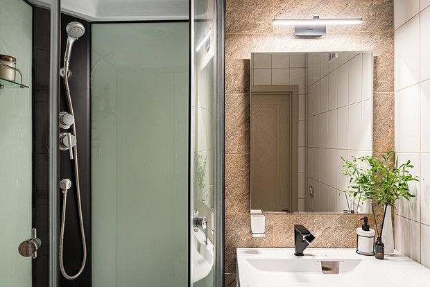 Фотография: Ванная в стиле Современный, Малогабаритная квартира, Квартира, Проект недели, Санкт-Петербург, до 40 метров, Елена Титова – фото на INMYROOM