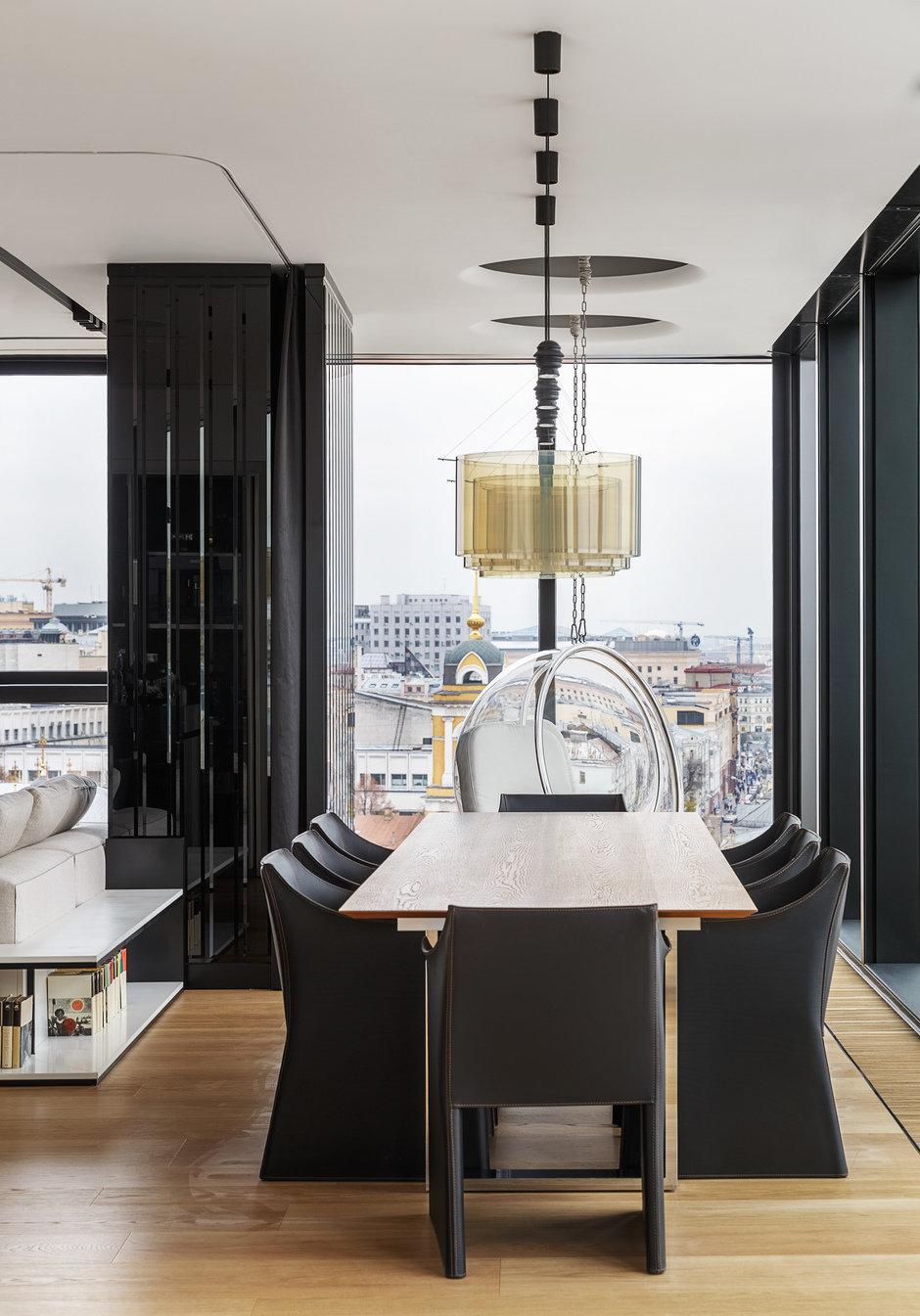 Фотография: Кухня и столовая в стиле Хай-тек, Проект недели, Москва, Более 90 метров, #эксклюзивныепроекты, ЖК «Легенда Цветного», Ab-architects – фото на InMyRoom.ru