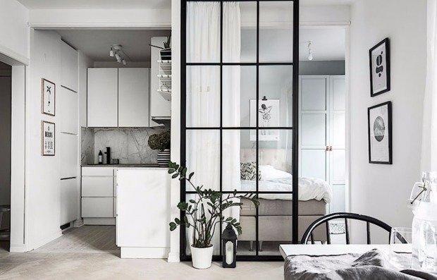 Маленькая скандинавская квартира со спальней на кухне