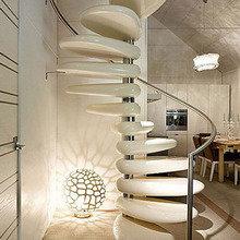 Фотография: Кухня и столовая в стиле Лофт, Декор интерьера, Декор дома, Лестница – фото на InMyRoom.ru