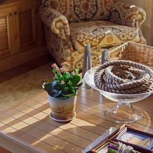 Фотография: Гостиная в стиле Кантри, Декор интерьера, Квартира, Дома и квартиры, Илья Хомяков, Стена – фото на InMyRoom.ru
