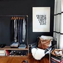 Фотография: Декор в стиле Скандинавский, Декор интерьера, Квартира, Аксессуары, Советы, чем украсить пустую стену, идеи декора пустой стены – фото на InMyRoom.ru