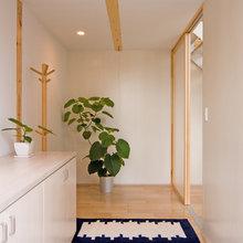 Фотография: Прихожая в стиле Эко, Дом, Дома и квартиры, Япония – фото на InMyRoom.ru