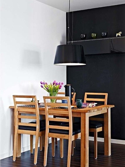 Фотография: Кухня и столовая в стиле Минимализм, Малогабаритная квартира, Квартира, Швеция, Дома и квартиры – фото на InMyRoom.ru