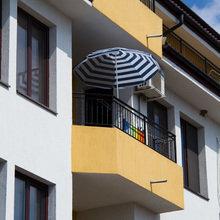 Фотография: Балкон, Терраса в стиле Современный, Декор интерьера, Квартира, Цвет в интерьере, Дома и квартиры, Стены – фото на InMyRoom.ru
