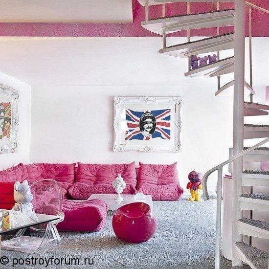 Фотография:  в стиле , Декор интерьера, Дизайн интерьера, Мебель и свет, Цвет в интерьере, Стены, Розовый, Фуксия – фото на InMyRoom.ru