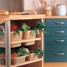 Фотография: Кухня и столовая в стиле Кантри, Современный, Хранение, Стиль жизни, Советы – фото на InMyRoom.ru