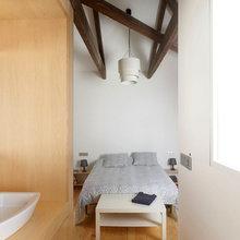 Фотография: Спальня в стиле Современный, Малогабаритная квартира, Квартира, Цвет в интерьере, Дома и квартиры, Белый, Переделка – фото на InMyRoom.ru