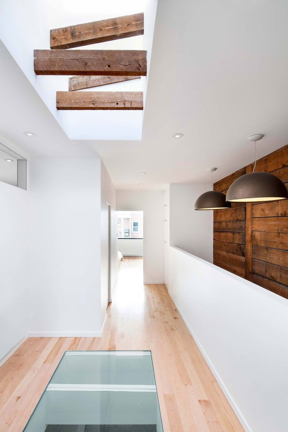 Фотография: Прихожая в стиле Лофт, Дом, Дома и квартиры, напольное покрытие – фото на InMyRoom.ru