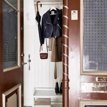 Фото из портфолио Гостиная с камином – теплый интерьер гостевой комнаты – фотографии дизайна интерьеров на InMyRoom.ru