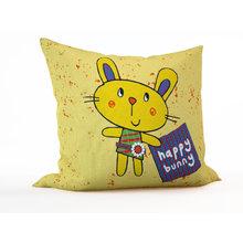 Детская подушка: Счастливый кролик