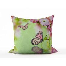 Декоративная подушка: Нежное цветение