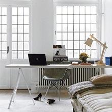 Фотография: Кабинет в стиле Скандинавский, Квартира, Швеция, Цвет в интерьере, Дома и квартиры, Белый – фото на InMyRoom.ru