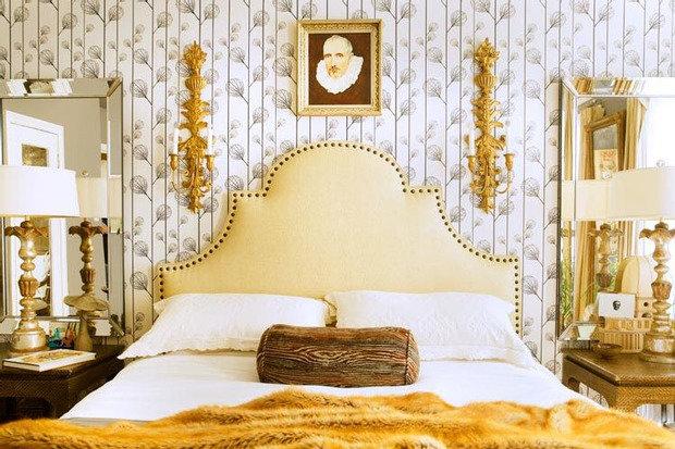 Фотография: Спальня в стиле , Декор интерьера, Франция, Антиквариат, Цвет в интерьере, Индустрия, Люди, История дизайна, Ампир – фото на InMyRoom.ru