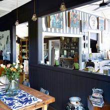 Фотография: Кухня и столовая в стиле Лофт, Дома и квартиры, Интерьеры звезд – фото на InMyRoom.ru