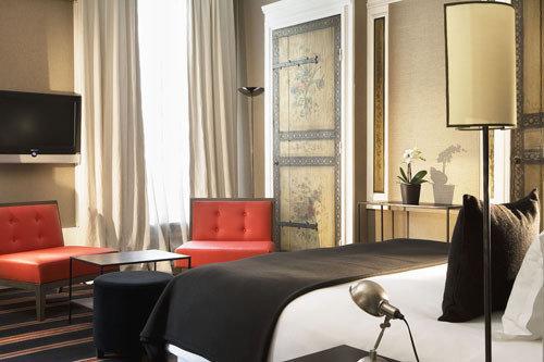 Фотография: Спальня в стиле Эклектика, Индустрия, Люди – фото на InMyRoom.ru