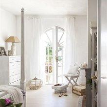Фотография: Спальня в стиле Кантри, Дом, Испания, Цвет в интерьере, Дома и квартиры, Белый, Мадрид – фото на InMyRoom.ru