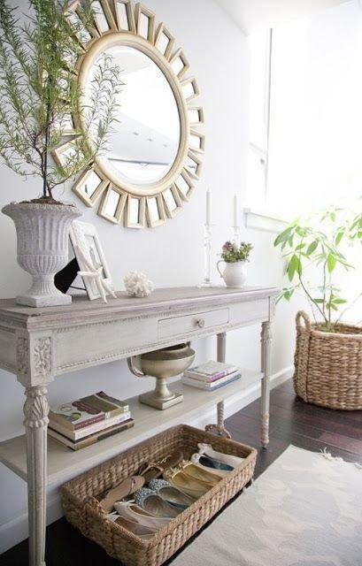 Фотография: Мебель и свет в стиле Скандинавский, Хранение, Стиль жизни, Советы – фото на InMyRoom.ru