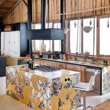 Фотография: Кухня и столовая в стиле Кантри, Дом, Дома и квартиры, Шале – фото на InMyRoom.ru