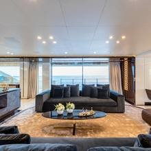 Фото из портфолио Биокамин Planika на яхте – фотографии дизайна интерьеров на INMYROOM