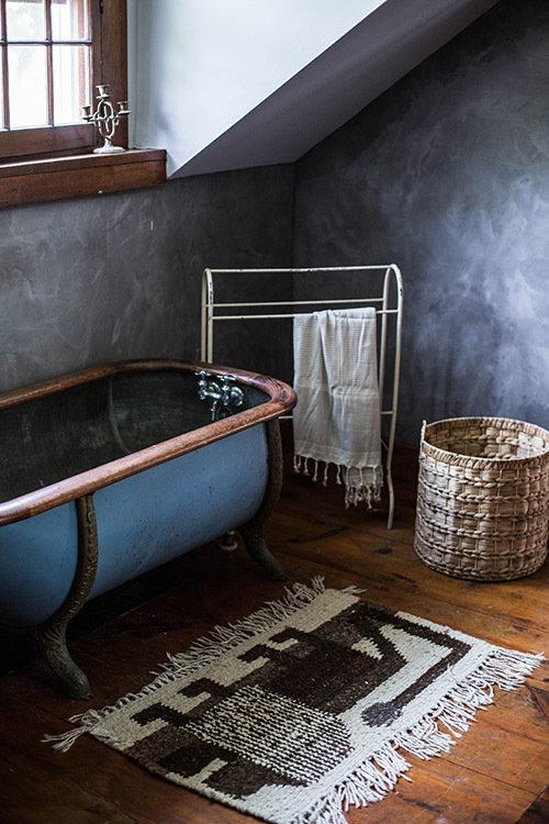 Фотография: Ванная в стиле Прованс и Кантри, Дом, Переделка, Дом и дача – фото на InMyRoom.ru