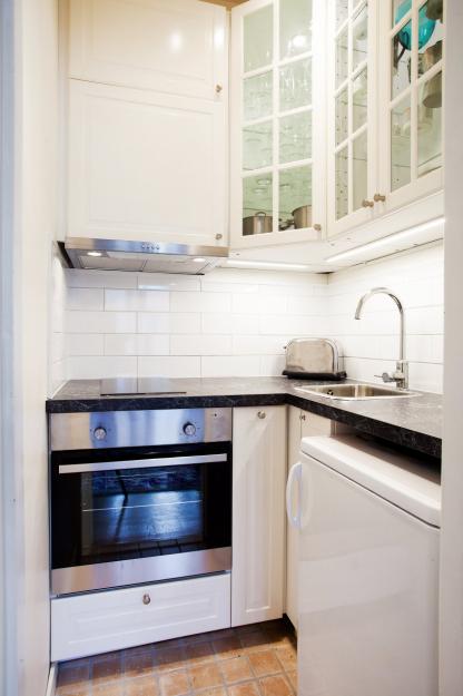 Фотография: Кухня и столовая в стиле Скандинавский, Гостиная, Классический, Малогабаритная квартира, Квартира, Дома и квартиры, Стокгольм – фото на InMyRoom.ru