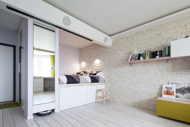 Фотография: Спальня в стиле Лофт, Малогабаритная квартира, Советы, до 40 метров, 40-60 метров – фото на INMYROOM