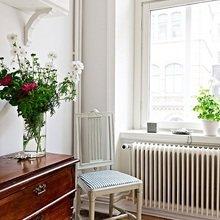 Фотография: Мебель и свет в стиле Скандинавский, Квартира, Швеция, Цвет в интерьере, Дома и квартиры, Белый – фото на InMyRoom.ru