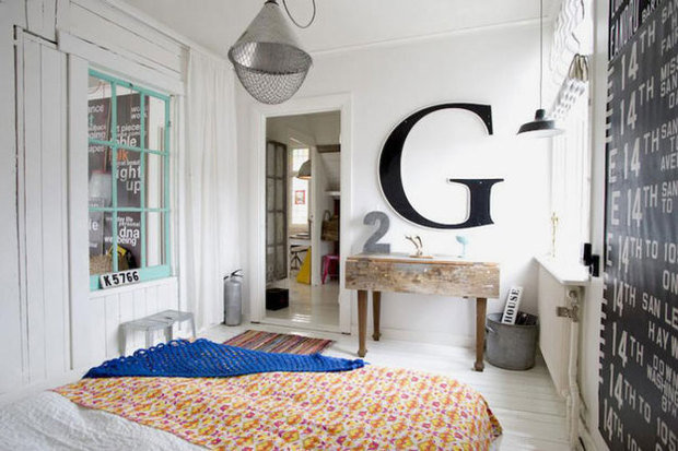 Фотография: Спальня в стиле Скандинавский, Минимализм, Декор интерьера, Мебель и свет – фото на InMyRoom.ru