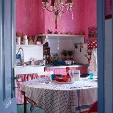 Фотография: Кухня и столовая в стиле Кантри, Квартира, Дома и квартиры, Перепланировка – фото на InMyRoom.ru