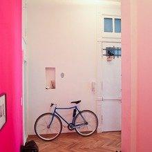 Фотография:  в стиле Скандинавский, Современный, Декор интерьера, Дизайн интерьера, Цвет в интерьере, Желтый, Розовый, Оранжевый, Неон – фото на InMyRoom.ru