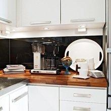Фотография: Кухня и столовая в стиле Современный, Малогабаритная квартира, Квартира, Цвет в интерьере, Дома и квартиры – фото на InMyRoom.ru